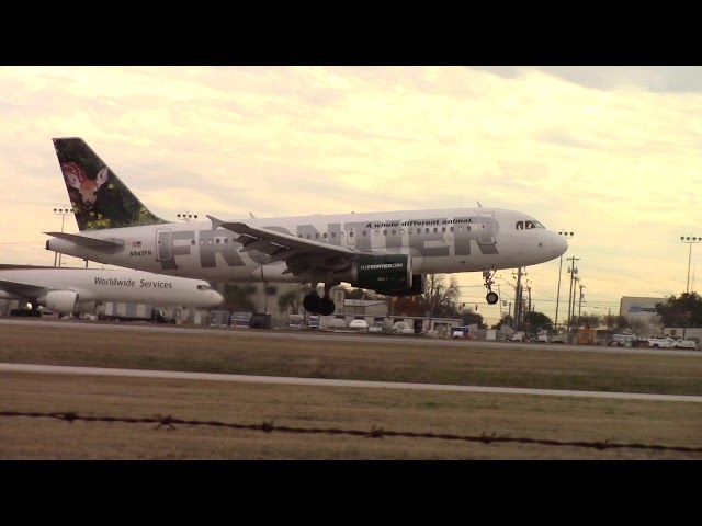San Antonio International Airport Planespotting Sukhoi Super Jet