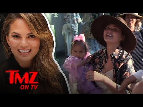 Chrissy Teigen ... Thighs Are My Thing! | TMZ TV