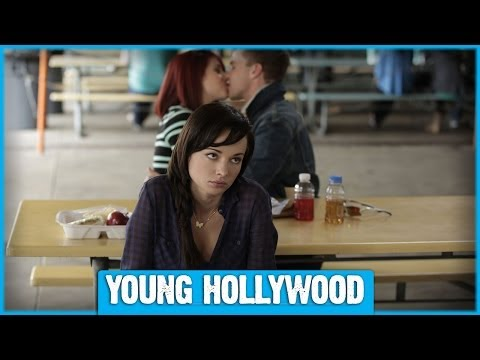 AWKWARD Set Tour with Ashley Rickards and CoStars!