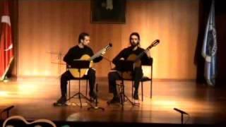 Yıldız Gitar Duo ( Kerim Altınörs & Erdinç Erdem) El Pano Moruno Arranged by Len Williams