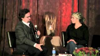 Christian Sister Taking Shahada with Shaykh Hamza Yusuf