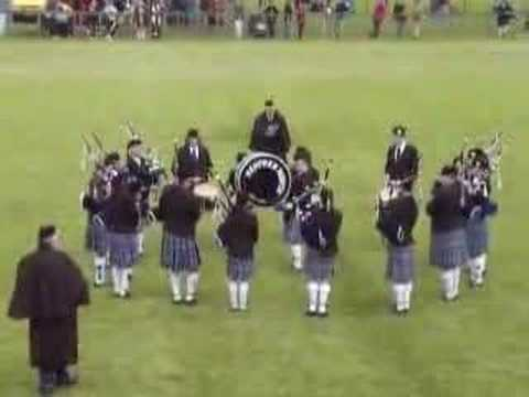Renfrew North youth Pipe Band