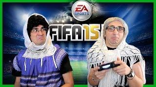 2 Γιαγιάδες Παίζουν Fifa!
