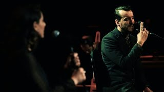 Cem Adrian & Özlem Çelik - Ben Seni Sevdiğimi (Live)