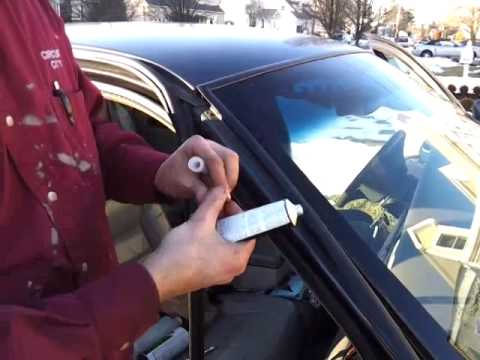 how to fix windshield water leaks lincoln town car youtube. Black Bedroom Furniture Sets. Home Design Ideas