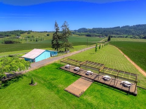 Oregon Acreage for Vineyard Estate I Oregon luxury properties