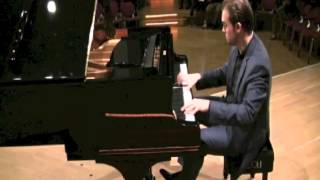 Evgeni Bozhanov plays Ravel-La Valse