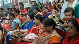 Raibareli Mothers Asking Questions To The Specialist