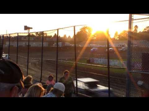 Modified Heat 1 @ Marshalltown Speedway 06/02/17