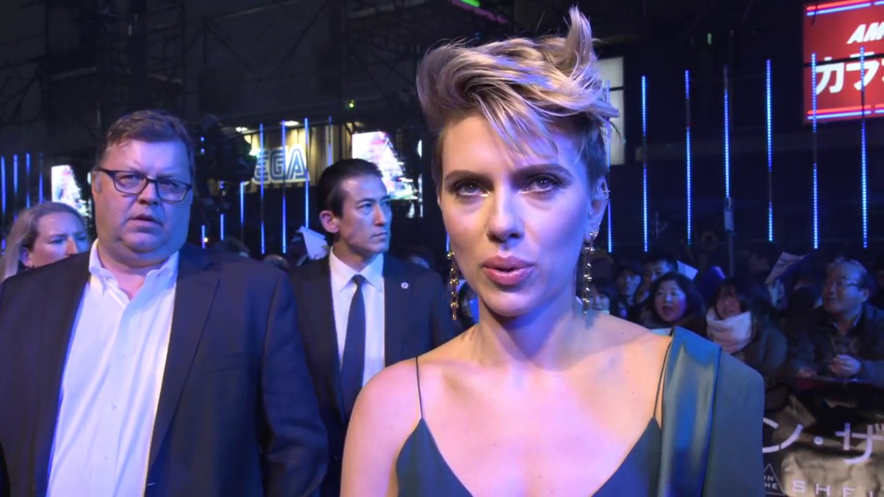 Ghost In The Shell Tokyo Premiere Interview Scarlett Johansson Youtube