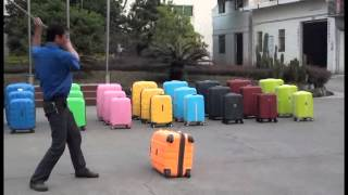 Неубиваемый чемодан Travel Secrets(http://travel-secrets.ru - выполнен в трех размерах - 20