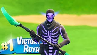 The New Purple Glow SKULL TROOPER Gameplay in Fortnite..