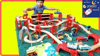 Johny Unboxes & Builds Giant Wooden Train Track Layout With New Train Toys