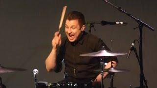 Baixar Matt Helders: The View From... The Post Pop Depression Tour [Live at Greek Theatre, LA - 28-04-2016]