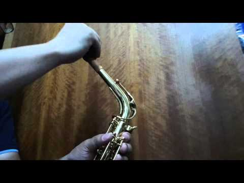 How to insert Saxophone Mouthpiece correctly
