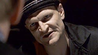 "Крест офоршмачивает Колгана на зоне. Фильм ""Антикиллер"". 2002 год"