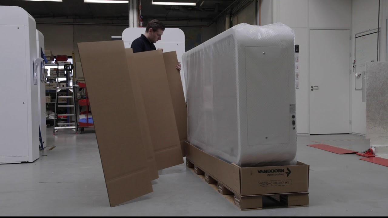 Custom made cardboard box for High End medical cabinets | VAN DOORN export packing bv