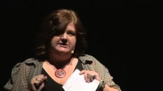 Punct şi de la capăt: de câte ori te poţi reinventa? | Ioana Avădani | TEDxEroilor