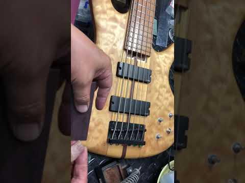 【川越のT.S.G楽器店】Ibanez Cutom Bass フィンガーレスト「製作・仮取付け」