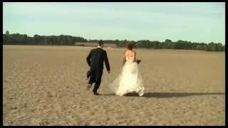 FUNNIEST Wedding Entrance EVER Maryline & Cameron