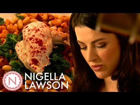 Nigella Lawson's Chicken With Chorizo And Cannellini Beans | Nigella Bites
