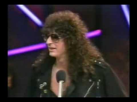 Joey Ramone on Howard Stern Show - YouTube