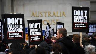 Шествие в защиту Ассанжа в Лондоне