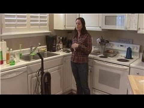 Housecleaning Tips : How to Clean Air Vents