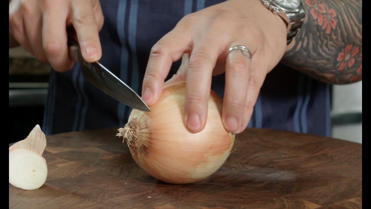 Download Knife Skills - Slicing Onions