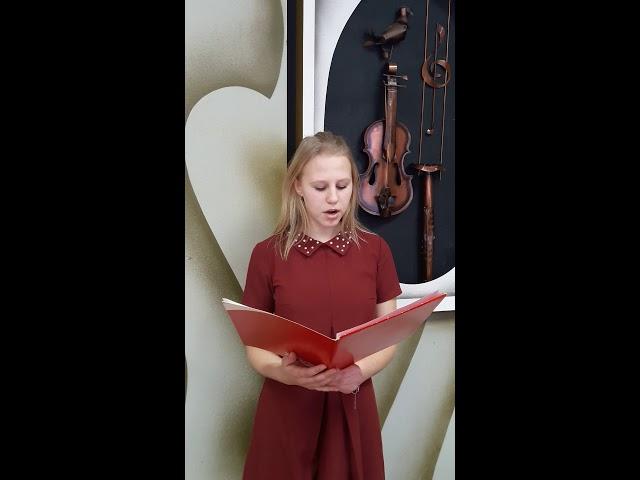 Изображение предпросмотра прочтения – АннаМихалёва читает отрывок изпроизведения «Война и мир»