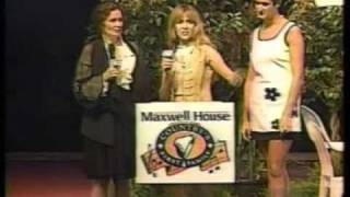 Carlene Carter, June Carter Cash, Tiffany Lowe - Country News 6-19-96