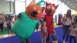 UT kids on cartoon festival Good playtime for kids