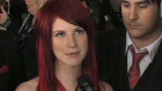 Download lagu The 50th Grammy Awards - Paramore Red Carpet Interview
