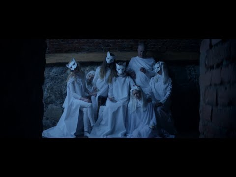 ionnalee; NOT HUMAN