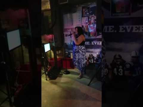 Alexis pregnant and singing karaoke in Florida