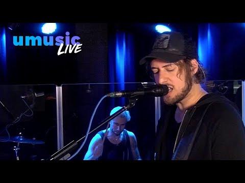 Kensington - Fiji - Live@Giel bij Radio Veronica