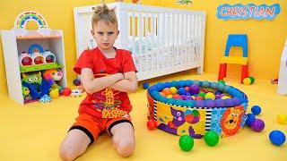 فلاد ونيكي يلعبان مع الطفل كريس   فيديوهات مضحكة للأطفال
