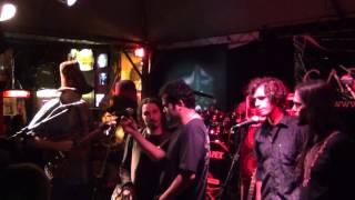 Cálix, Cartoon & Somba - Da (The Beatles) [Live @ Stonehenge Bar BH12] - Musical Box Records