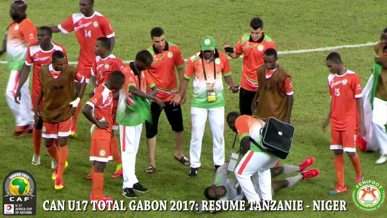 Download CAN U17: CÉLÉBRATION APRES LA VICTOIRE ET RESUME DU MATCH TANZANIE - NIGER