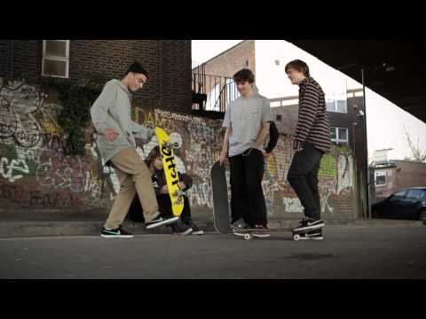 "Veja o video -Nike Skateboarding Europe ""Inspired by Koston: Kyron Davis"""