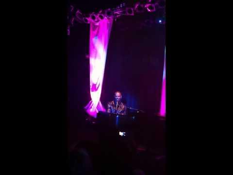 Brian McKnight - Shoulda Been Loving You / All Night Long