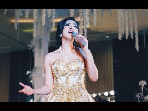 Huang Jia Mei - [LIVE SHOW PERFORMANCE] Ai Ni Yi Wan Nian - 黄家美 - 表演 [愛你一萬年]