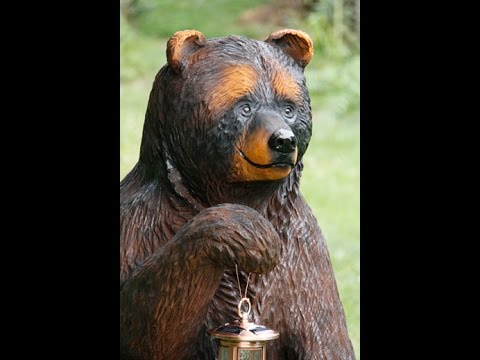 How to chainsaw carve a sitting bear - part 1