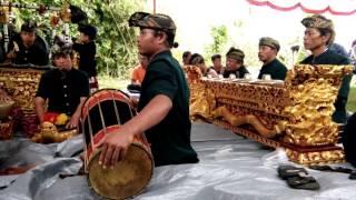 Gamelan (sasak) batu bangke sakra lombok timur