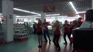 Флешмоб в магазине М.Видео. Сургут.(, 2012-10-28T09:52:02.000Z)