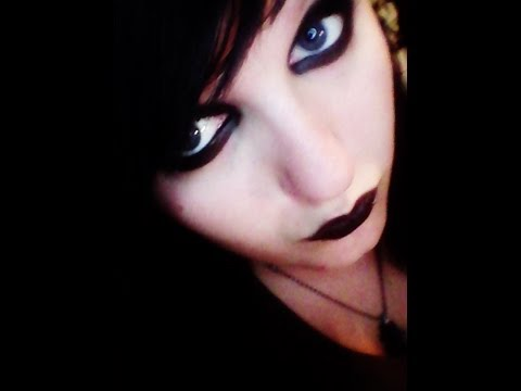 simple emo/goth halloween make up look  youtube