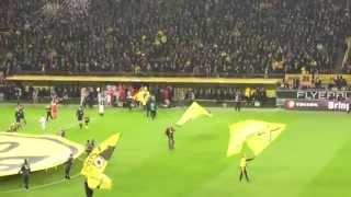Borussia Dortmund Hymne Einlaufmusik Mannschaftsvorstellung Gesänge Süd-Tribüne