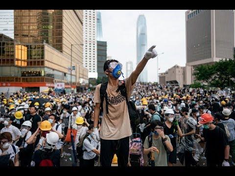 """Час Ивана Денисова • Гонконгские протесты • Трамп и Датское Королевство • Ответ Иллинойса """"Отряду"""""""