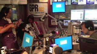 The Sirens Live on 6PR Radio