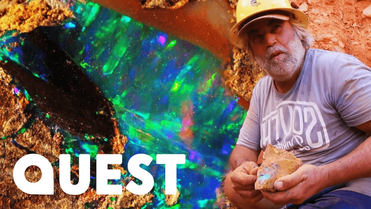 Opal Miners Find 8000 Worth Of Crystal Boulder Opal Outback Opal Hunters